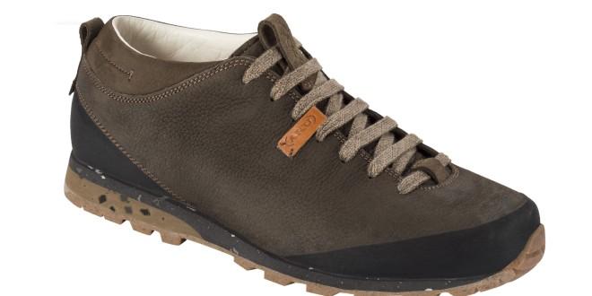 """""""Słoma"""" wystająca z butów – nie tylko w przysłowiu! Poznaj Aku Bellamont Plus – uniwersalny model inspirowany naturą."""