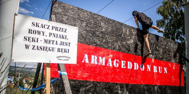 Ekstremalny bieg po zdrowie – po raz kolejny wystartował Armageddon Challenge -– nowa organizacja biegów z przeszkodami podbija Świętokrzyskie.