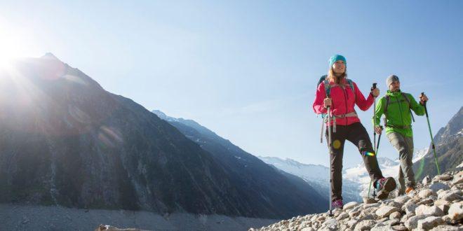 Marmot i Patagonia polecają spodnie softshellowe na weekend w górach
