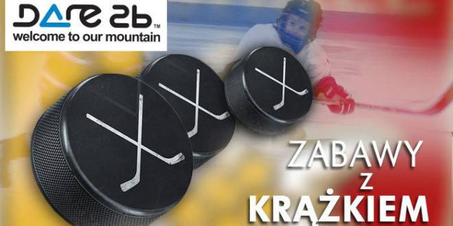 Zabawy z krążkiem na lodowisku z nagrodami od Dare 2b