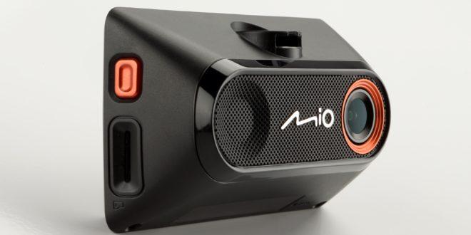 Nowy wideorejestrator dla wymagających kierowców – MiVue 785
