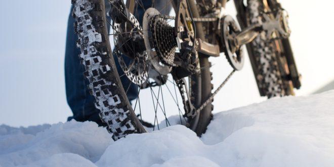 Zima na rowerze – zadbaj o sprzęt i komfort jazdy