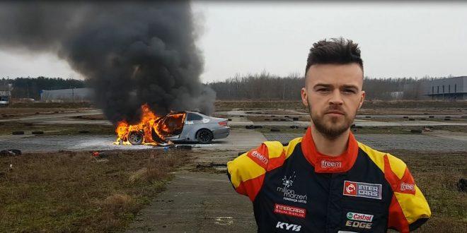 Auto Bartosza Ostałowskiego w płomieniach! Hołowczyc, Sonik i Przygoński wspierają polskiego driftera