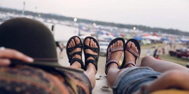 Poczuj moc słońca w kolorowych sandałach! Teva prezentuję kolekcję na sezon wiosna & lato' 2018