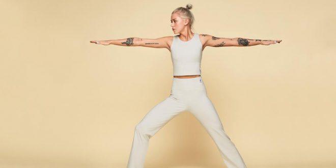 ASICS i PYRATES świętują Dzień Kobiet. Nowa, ekologiczna kolekcja dla miłośniczek jogi