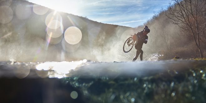 Never stop cycling – nowe komputery rowerowe Edge ® 130 Plus i Edge 1030 Plus  od Garmin