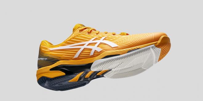 Tenisowa nowość od marki ASICS Jeszcze lżejsze i szybsze buty SOLUTION SPEED FF2